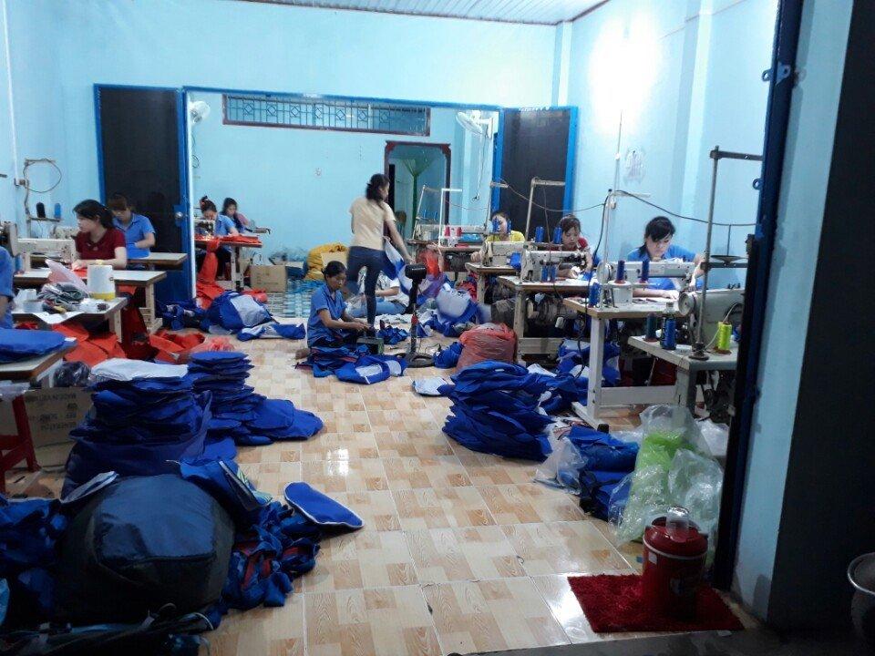 Chuyên sản xuất balo túi xách