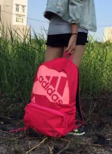 Balo Adidas nữ – khẳng định phong cách thời trang cá tính tuổi teen