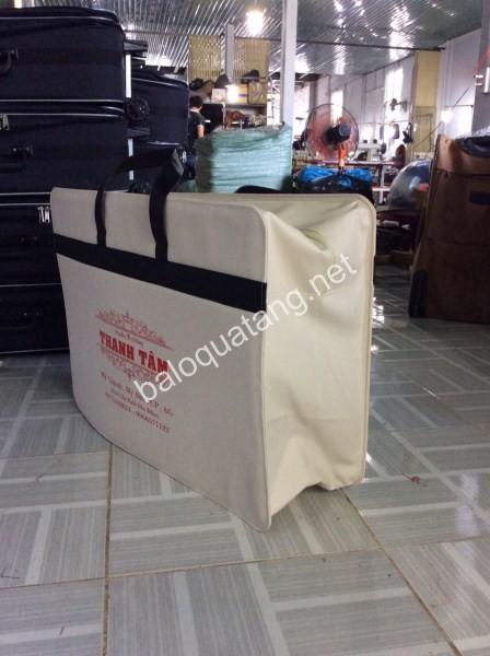Túi đựng quần áo cưới
