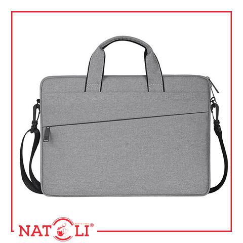 Chiếc túi mang đến vẻ ngoài chuyên nghiệp, hiện đại cho bạn