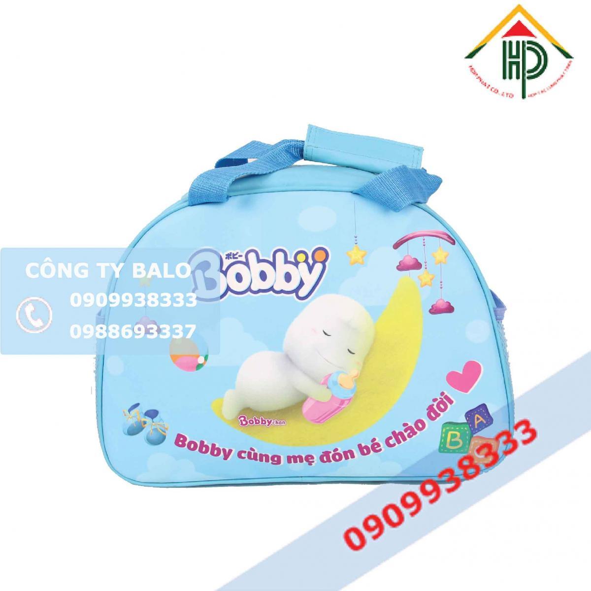 Mặt trước túi xách quà tặng Bobby