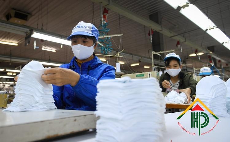 xưởng may khẩu trang vải kháng khuẩn