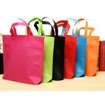 Màu sắc đa dạng của túi vải không dệt