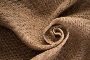 Vải lanh có khả năng hấp thụ tốt và có độ bền cao
